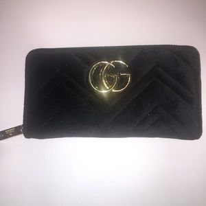 Gucci GG Velvet Marmont Zip Around Wallet